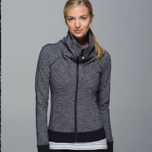 Lululemon Be Present jacket size 8
